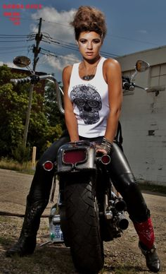 I love sugar skulls & motorcycles!