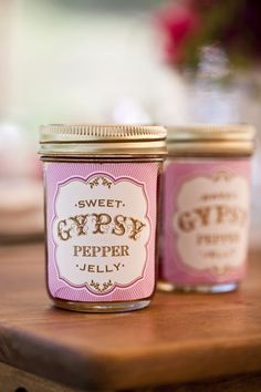 Free Templates for jelly, drink, slippers, popcorn boxes, and donut hole signs. Plus, a recipe for Sweet Gypsy Pepper Jelly. Great for special event with pink decorations!