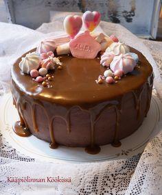 Kääpiölinnan köökissä: Överikakkua suklaalla, kinuskilla ja banaanilla ♥