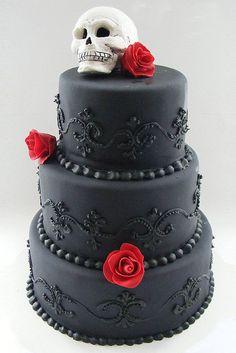 Gothic Wedding Cakes And Ideas For Gothic Cake Toppers Skull Wedding Cakes, Gothic Wedding Cake, Gothic Cake, Black Wedding Cakes, Wedding Black, Gothic Wedding Dresses, Gothic Wedding Ideas, Sugar Skull Wedding, Vampire Wedding
