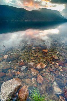 Lake Wenatchee, Washington, this lake was so incredibly beautiful and clear!!