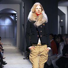 BALENCIAGA SCHOOLBOY Jacket Ghesquière 2007 Runway Campaign Blazer FR 36 FUR $6K #Balenciaga #BasicJacket