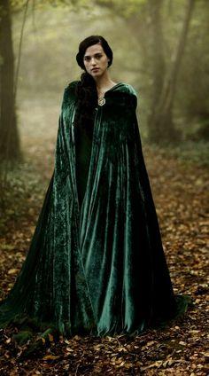 Fairy tale fashion fantasy/karen cox FANTASY & MEDIEVAL WONDERFUL FASHION