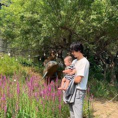 Cute Asian Babies, Korean Babies, Cute Babies, Asian Kids, Father And Baby, Dad Baby, Ulzzang Kids, Ulzzang Couple, Cute Family
