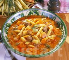 Lajos Mari konyhája - Palócleves Gundel módra, avagy Mikszáth-leves Hungarian Cuisine, European Cuisine, Hungarian Recipes, Croatian Recipes, Hungarian Food, Wine Recipes, Soup Recipes, Pork Tenderloin Recipes, Food 52