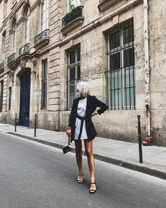 Camille Callen, Paris, Black And White, Instagram, Jackets, Style, Fashion, Clothing, Down Jackets
