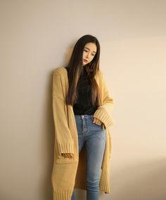 Long yellow cardigan and turtle neck korean fashion dress, korean street fashion, korean outfits Korean Fashion Summer Casual, Korean Fashion Work, Winter Fashion Outfits, Casual Outfits, Cute Outfits, Fall Outfits, Yellow Cardigan Outfits, Yellow Jacket Outfit, Dress With Cardigan