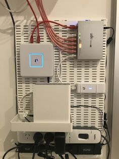 Tenniswood Inspiration - Home Technology Ideas Network Cabinet, Network Rack, Structured Cabling, Structured Wiring, Ikea Pegboard, Diy Rack, Server Rack, Video Game Rooms, Home Technology