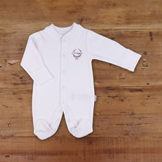 Made from skin-friendly organic cotton Comfortable clothing, no irritating tags or seams For babies in sizes: months Made in Turkey GOTS certified Natural Baby, Baby Outfits Newborn, Baby Essentials, Organic Baby, Rompers, Clothes, Dresses, Fashion, Baby One Pieces
