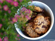 Raske og gode havrekjeks med sjokolade, som er veldig populære hos minstemann her i huset. Oatmeal, Muffin, Cupcakes, Sweets, Baking, Breakfast, Desserts, Food, The Oatmeal