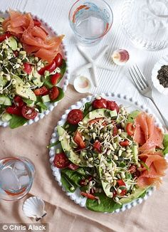 Clean & lean super salad with smoked salmon