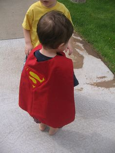 A cute, simple and straight-forward cape tutorial that a child can put on and take off themselves. Very easy to customize to a child's favorite hero or color and a very fast sew make this my go-to birthday gift for the 8 and under crowd.