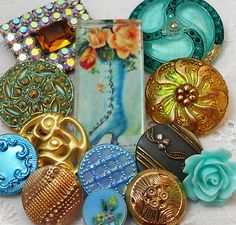 "Vintage Metal-Vtg Glass-Rhinestone-Artisan Glass""Victorian Shoe"" Button"