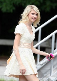 Jenny Humphrey in White Lace dress.