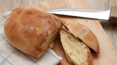 How to Make Bread Without Yeast. Most traditional bread recipes require the use of yeast, but if you have an allergy to yeast or would otherwise like to avoid using this finicky ingredient, there are other ways to bake bread. Some recipes. Bread Without Yeast, No Yeast Bread, Bread Baking, Traditional Bread Recipe, Hard Apple Cider, Best Banana Bread, Lime Soda, Easy Bread, Few Ingredients