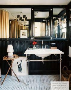 mark sikes black white bathroom