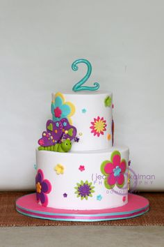 Happy Birthday Brynn - Flowers and butterfly by The Well Dressed Cake, via… Pretty Cakes, Cute Cakes, Bolo Hippie, Fondant Cakes, Cupcake Cakes, 4th Birthday Cakes, Birthday Ideas, Butterfly Cakes, Occasion Cakes