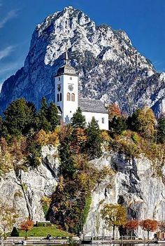 Traunkirchen on the Traunsee lake, Salzkammergut, Austria | by Hartl Johann