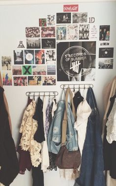"""soft grunge room"" I really like this and normally I hate posters. Dream Rooms, Dream Bedroom, Rock Bedroom, Grunge Bedroom, Trendy Bedroom, Hipster Bedroom Decor, Hipster Bedrooms, Tumblr Rooms, Room Goals"