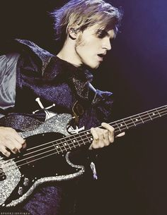 Mikey Way and his glitter bass I want to steal.