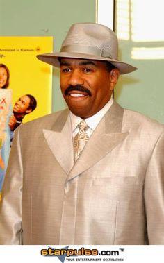 Steve Harvey Suit Fashion, Suit And Tie, Act Like A Lady, Style, Steve Harvey, Comedians, Steve, Different Suit Styles, Celebrity Dresses