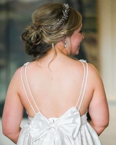 The back of Smith's dress was perfection .... so in love with the bow! . . . . .