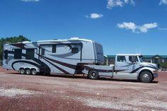 . Rv Truck, Big Rig Trucks, Mini Trucks, New Trucks, Custom Trucks, Bus Camper, Toy Hauler Camper, Rv Motorhomes, Luxury Motorhomes