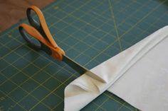 The Waag Blaag: Three Dollars, Two Fabric Quarters, One Fun Sunbonnet!