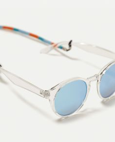 Image 2 of TRANSPARENT RESIN SUNGLASSES from Zara Viera, Resin, Pasta, See  Through 3e33a9c9f9