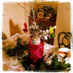 Tabletop and Party design. Coming Soon to www.shopintheknow@ blogspot.com #tabletopdesignburlingtonnc #christmasinburlington