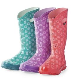Brighten up your rainy day with these trendy translucent #waterproof #rain #boots by #Hunter.