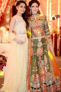 Dulhan Dress, Mehndi Dress, Pakistani Formal Dresses, Pakistani Outfits, Elegant Dresses, Beautiful Dresses, Bridle Dress, Pakistani Bridal Couture, Classy Outfits