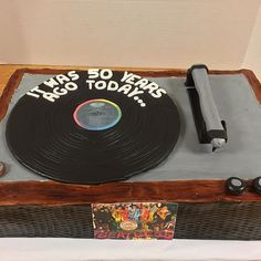 Love making this old school record player for a 50th birthday party that coincides with the Sgt Peppers Lonely Hearts Club Band album release year. Thanks to @littlekidsrock for ordering such a fun cake for us to make! And it was totally edible! 1967 was a good year! #fortcollins #foco #bakery #birthdaycake #thebig50 #customcake #buylocal #daddycakesbakery #wesellhappiness