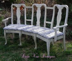 curved bench from 3 dining chairs - nice! Ikea Chair, Chair Bench, Diy Chair, Chair Upcycle, Chair Cushions, Bench Decor, Old Chairs, Vintage Chairs, Dining Chairs