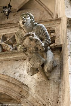 medieval carving at bayeux cathedral - Buscar con Google