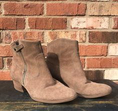 5d3749a9ea9 Söfft Women s Brown Suede Ankle Boots