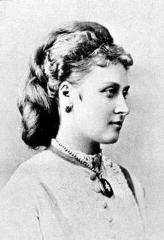 Princess Louise, Duchess of Argyll, fourth daughter of Queen Victoria and Prince Albert. Queen Victoria Children, Queen Victoria Family, Queen Victoria Prince Albert, Victoria And Albert, Reine Victoria, Victoria Reign, Victoria S, Adele, Duke Of Argyll