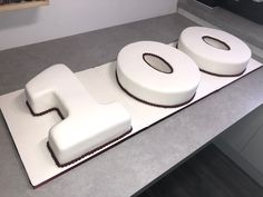 100 birthday cake with burgundy beading My Son Birthday, Birthday Ideas, Sally Ann, Cakes Today, Cake Makers, Frozen Cake, Occasion Cakes, Celebration Cakes, How To Make Cake
