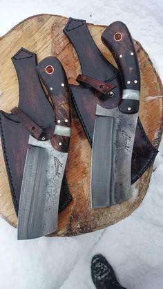 Inspirujte se z našich již vyrobených nožů, mnoho dalších fotografií najdete také na našem Facebooku a Instagramu.