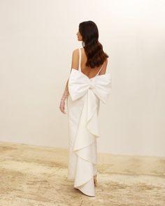 Elegant Modern Silk Wedding Dresses for 2022 Brides – Zoe Rowyn Bridal – Bridal Musings 15
