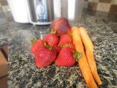 Summer Juice Recipe: Strawberry, Carrot, Nectarine.