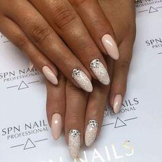 """SPN Nails Professional ❤❤❤ na Instagramie: """"Delikatna, ręcznie tkana"""