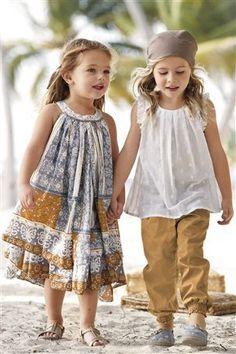 Cute maxi dress for Q. Love this site.