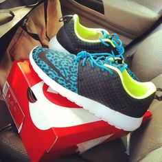 Nike Roshe Run FB #nike #sneakers