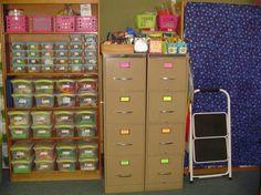 Tons of amazing classroom organization tips & ideas!