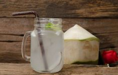 Home Remedies For Kidney Stones - Coconut Water For Kidney Stone