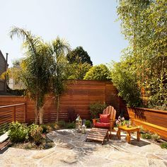 Peaceful and Private Patio, I like how the back fence is not the type that goes vertically