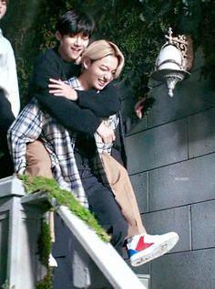 Foto Jungkook, Foto Bts, Bts Taehyung, Bts Bangtan Boy, Taekook, Vkook Memes, Bts Maknae Line, Bts Face, Bts Aesthetic Pictures
