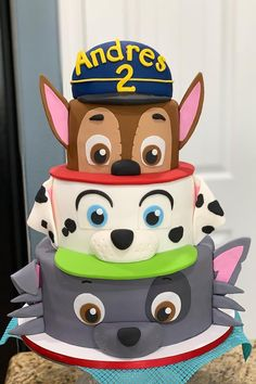 Paw Patrol Is on a Roll, and These Themed Cakes Are Ready For Action — Birthday Party Action! Paw Patrol Is on a Roll, and These Themed Cakes Are Ready For Action — Birthday Party Action! Bolo Do Paw Patrol, Torta Paw Patrol, Paw Patrol Pinata, 3rd Birthday Cakes, 3rd Birthday Parties, 4th Birthday, Birthday Cake For Kids, Birthday Ideas, Snowflake Wedding Cake