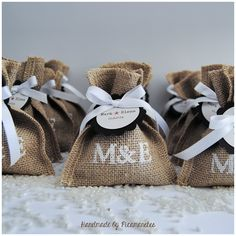 Tot un món per als mes petits. Wedding Favour Hessian Bags, Wedding Favours, Wedding Gifts, Our Wedding, Wedding Invitations, Bridal Shower Decorations, Wedding Decorations, Ideias Diy, Ideas Para Fiestas
